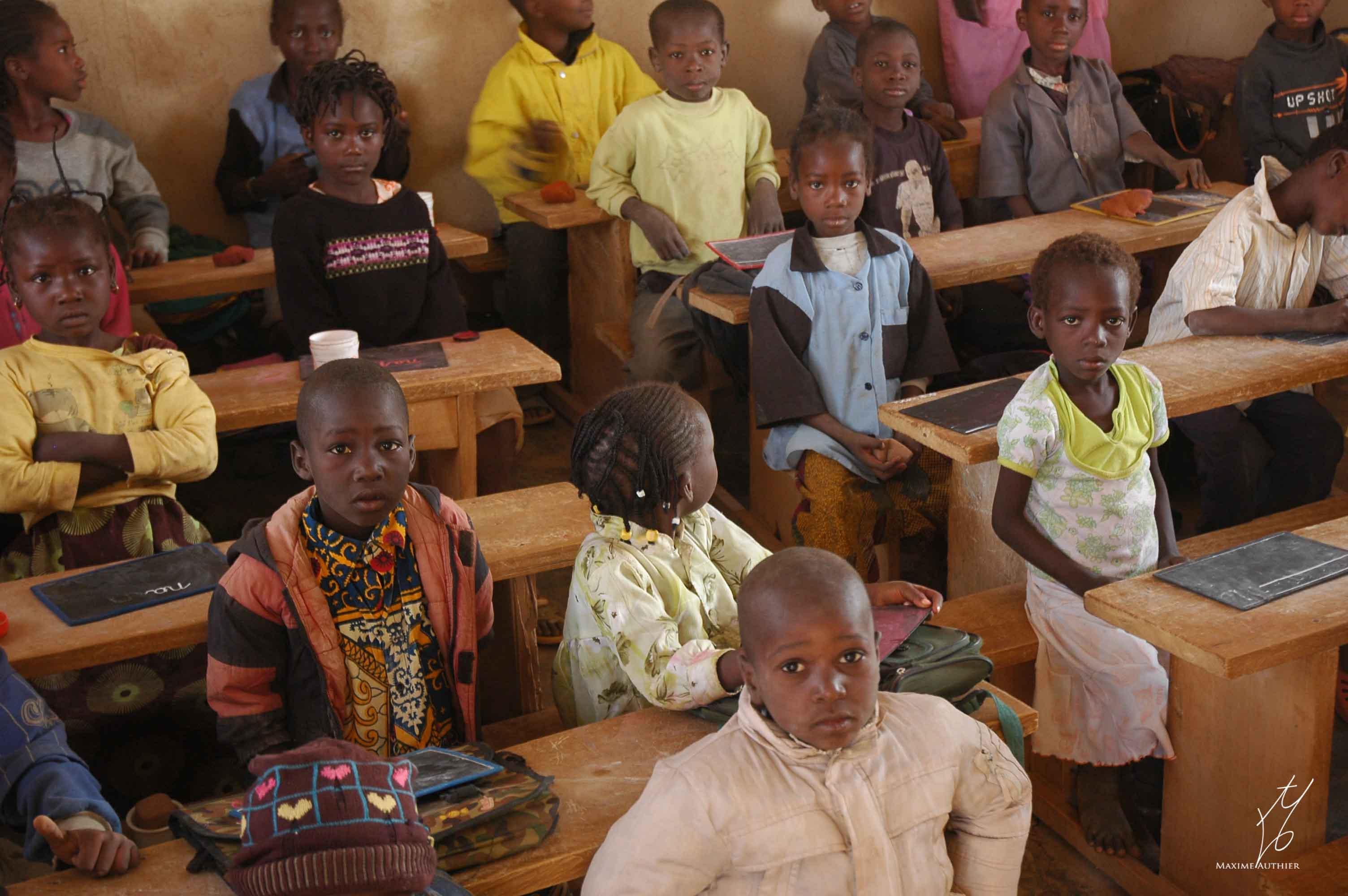 Photographie d'une classe en Afrique